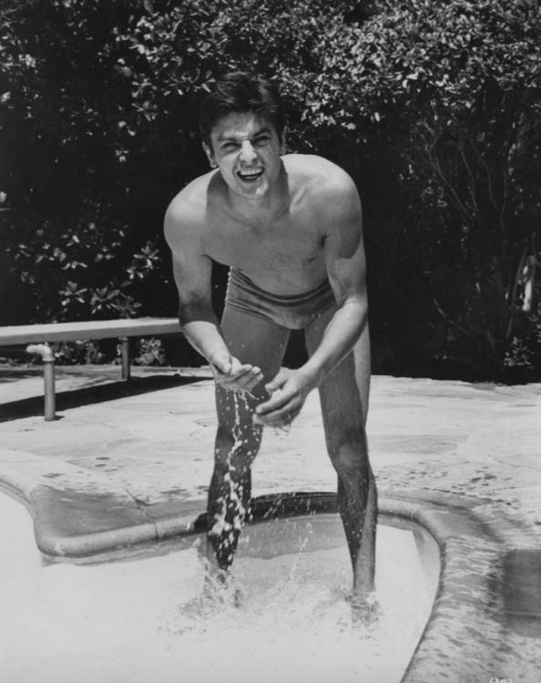 Ален Делон в Беверли-Хиллз в 1964 году