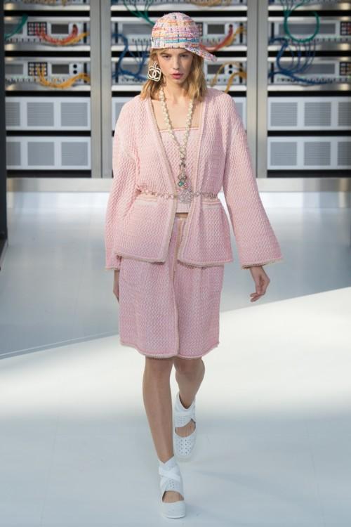 Chanel весна-лето 2017
