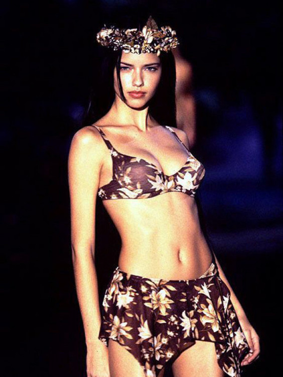 Victoria's Secret Fashion Show 1999