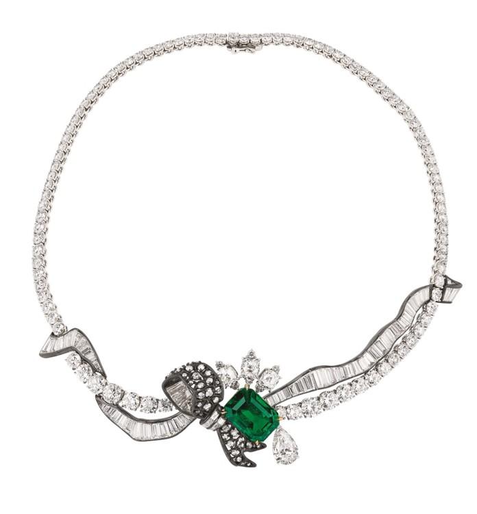 Колье с бриллиантами и изумрудами, Dior