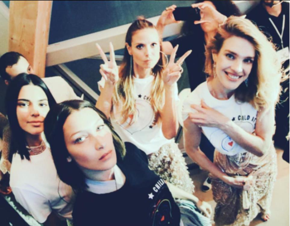 Кендалл Дженнер, Белла Хадид, Хайди Клум, Наталья Водянова перед показом  Fashion for Relief