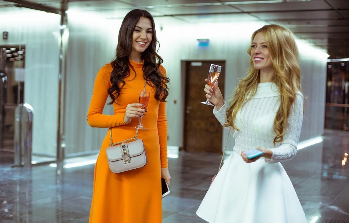 Анна Василевская и Ксения Карпенко