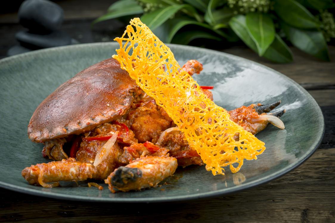 Сингапурский краб с перцем чили
