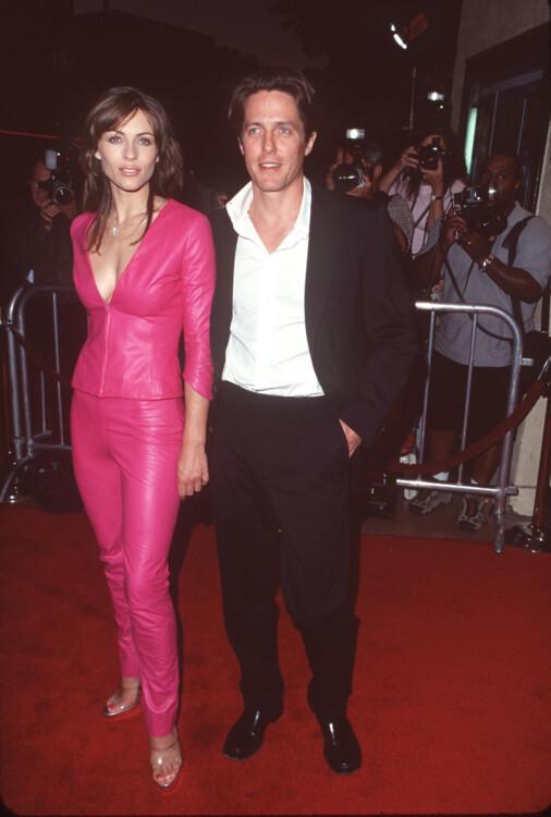 Элизабет Херли и Хью Грант на премьере фильма «Голубоглазый Микки», 1999