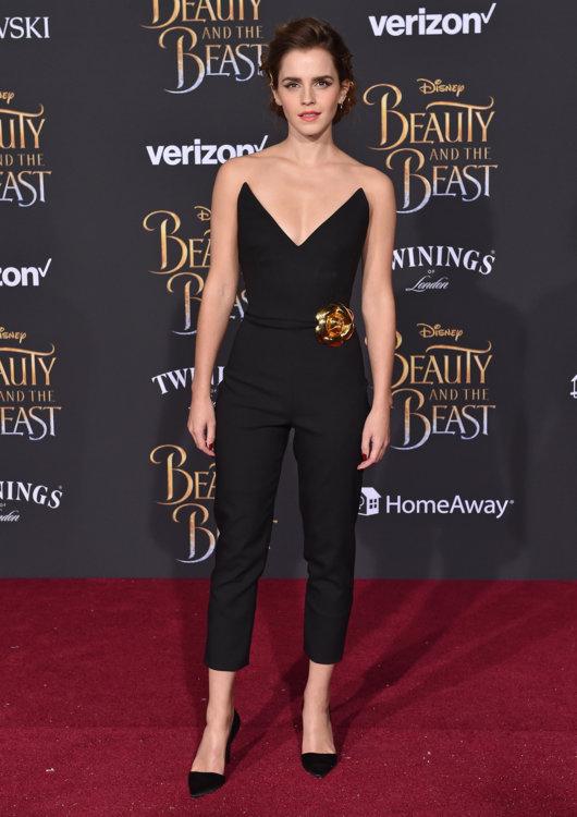 Эмма Уотсон в брючном костюме Oscar de la Renta в Голливуде