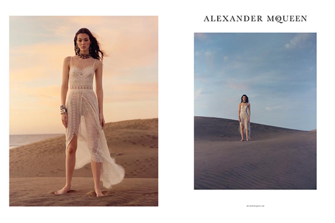 Alexander McQueen весна-лето 2017