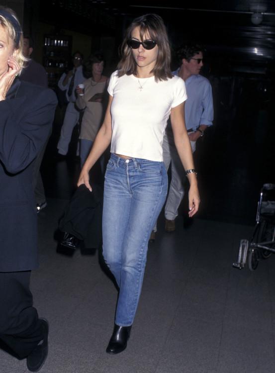 Элизабет Херли в Лос-Анджелесе, 1997