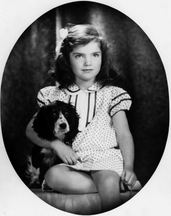 Джеки Кеннеди, 1935