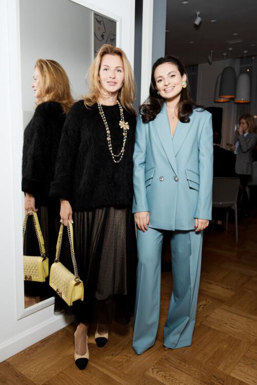 Олена Щекатурова і Таня Амірова