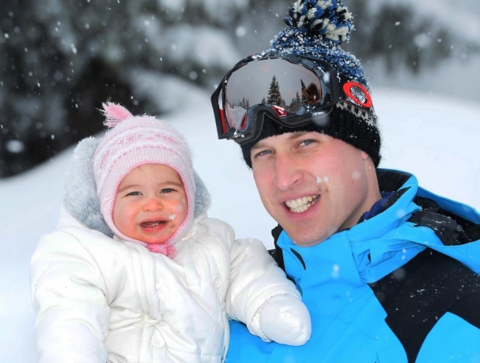 Принцесса Шарлотта с отцом принцем Уильямом на отдыхе во Французских Альпах, начало 2016 года