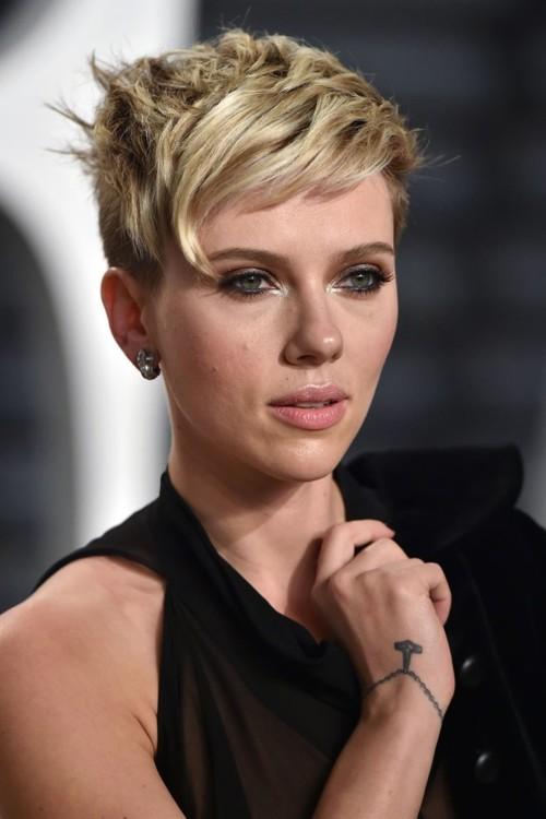 Скарлетт Йоханссон на Vanity Fair Oscar Party 26 февраля 2017 года.