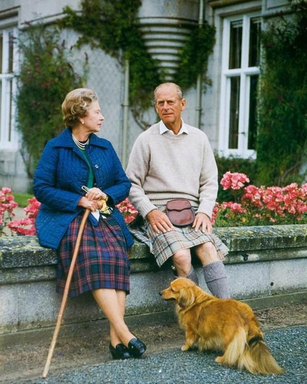 Рождественская открытка королевы Елизавета II и принца Филиппа, 1990