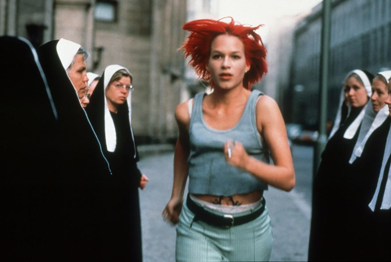 """Кадр из фильма """"Беги, Лола, беги"""", 1998"""
