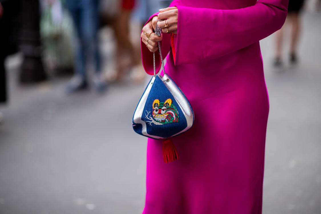5b49e1fd01e9a - Парижские уроки: трендовые модели сумочек этого лета