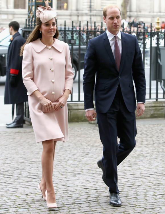 Герцогиня Кэтрин в Alexander McQueen на службе в Вестминстерском Аббатстве