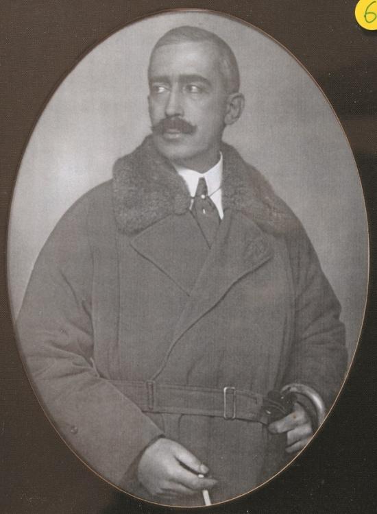 Януш Радзивилл, дед Изабель по материнской линии
