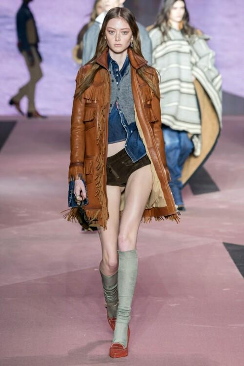 Самые модные кожаные пальто: с бахромой осень-зима 2020/2021 фото