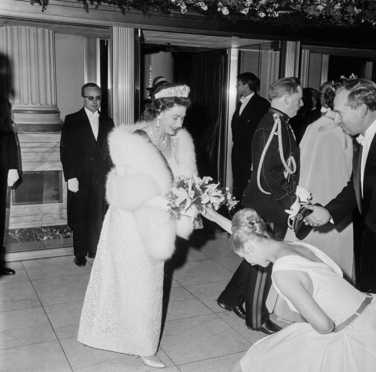 Єлизавета II в театрі Рояль де ла Монне в Брюсселі 1966 року