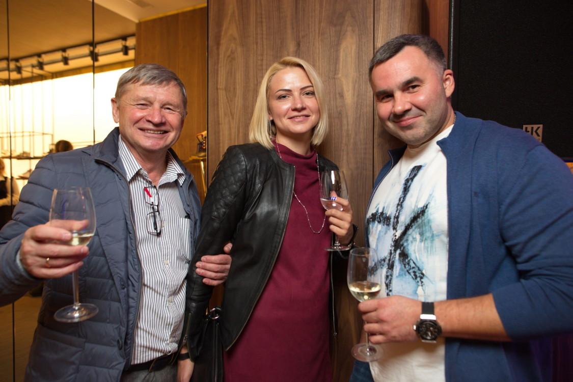 Бережненко Валентин с гостями вечера