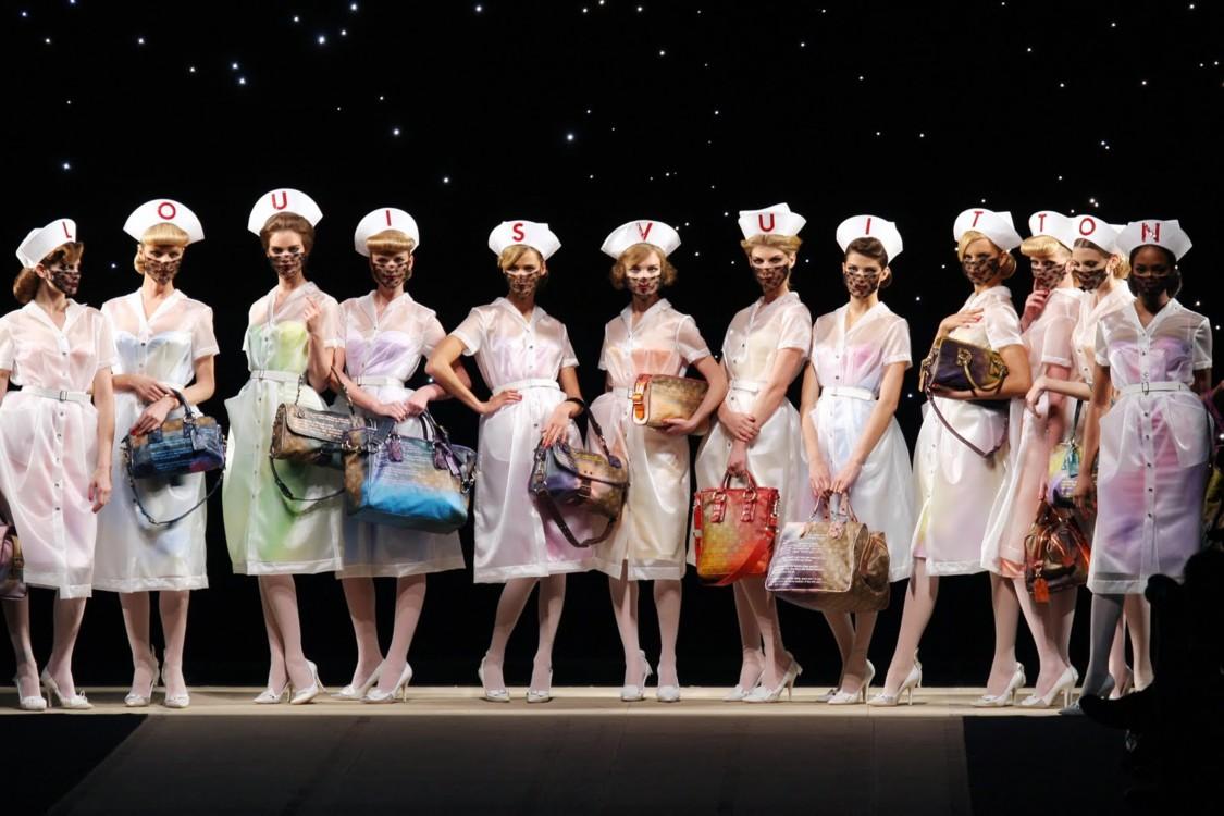 Показ весенне-летней коллекции Louis Vuitton, 2008 год