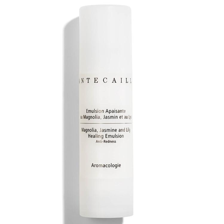 Заживляющая эмульсия Magnolia, Jasmine and Lily Healing Emulsion, Chantecaille. Эмульсия на основе розовой воды с магнолией, жасмином и лилией снимает воспаления и покраснения, увлажняет, успокаивает, укрепляет защитные силы кожи
