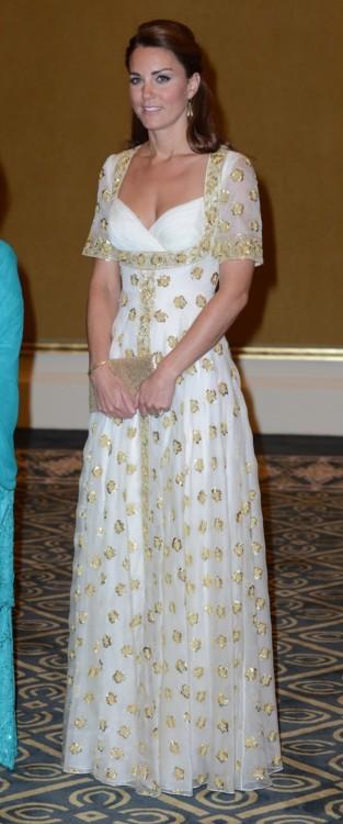 Кейт Миддлтон в Alexander McQueen в Куала-Лумпуре (сентябрь, 2012)