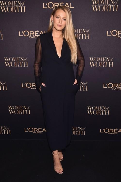 Блейк Лайвли в Lanvin на церемонии вручения наград Women of Worth, 2016 год