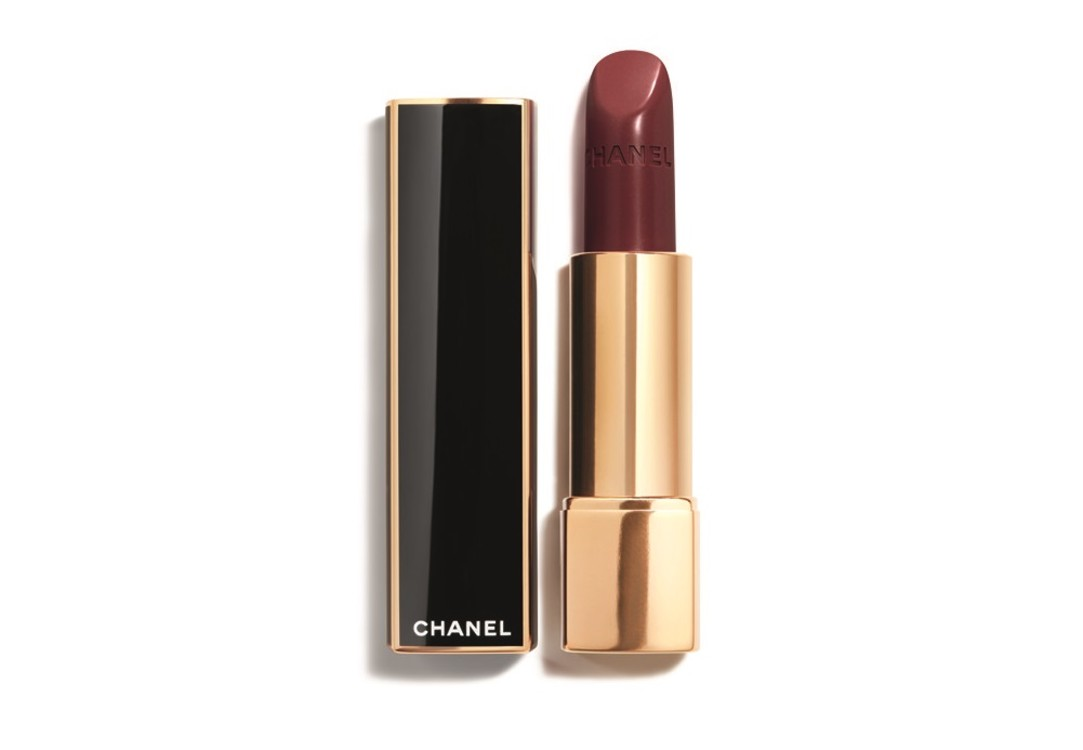 Помада из рождественской коллекции Chanel в оттенке Rouge Noble