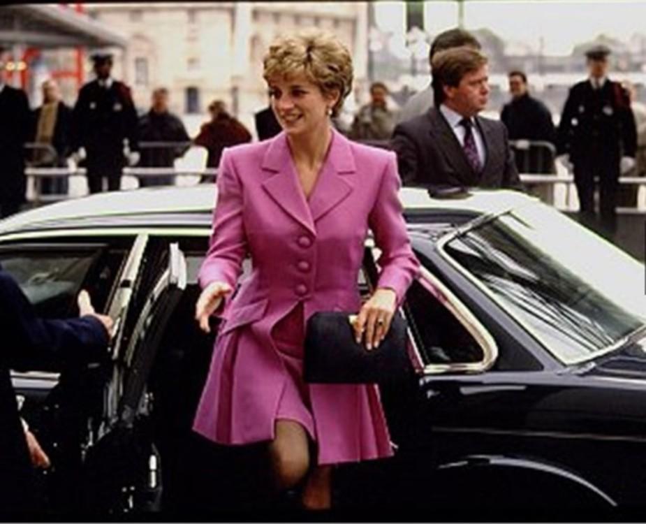 Париж, 1992 год