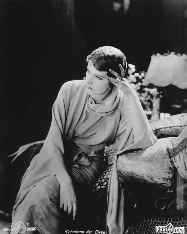 """На зйомках фільму """"Спокусниця"""", 1926"""