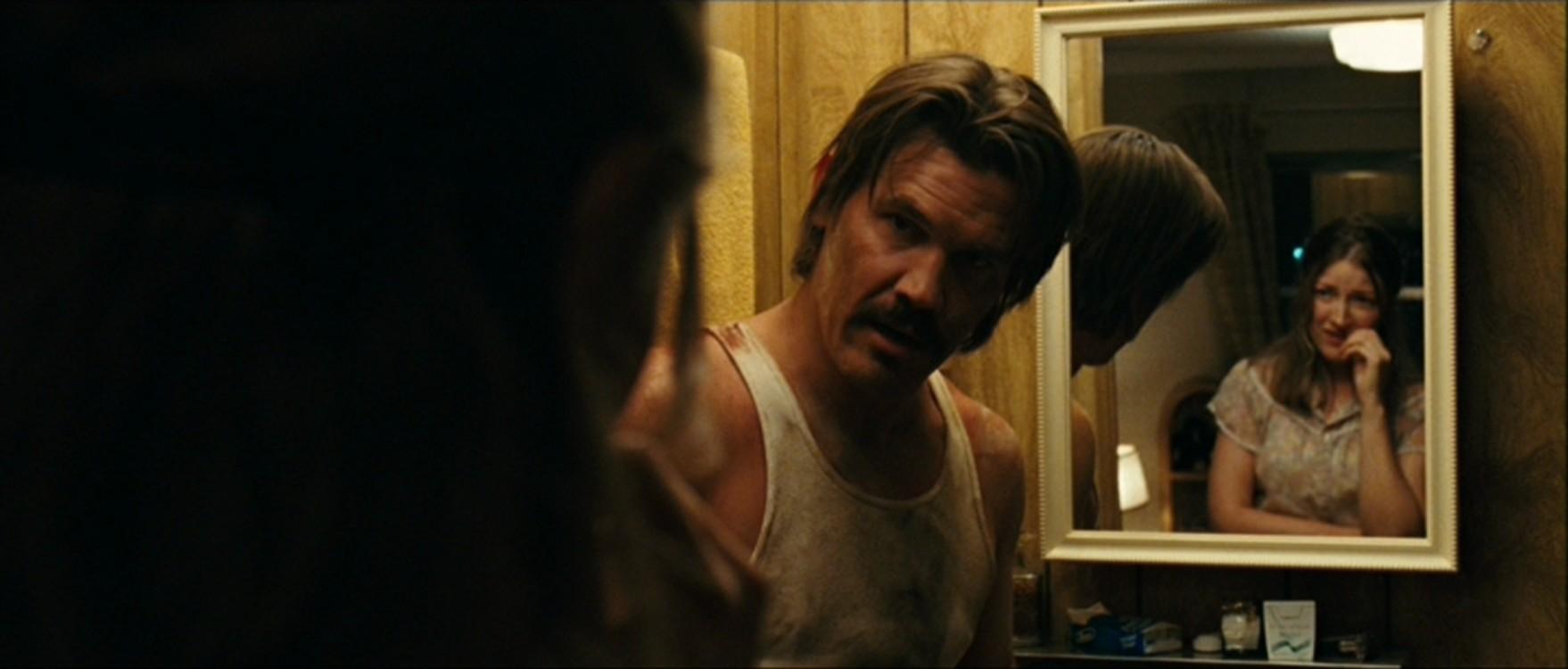 Джош Бролін у фільмі «Старим тут не місце», 2007
