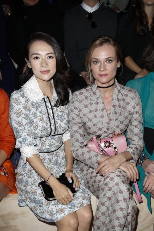 Диана Крюгер (справа)