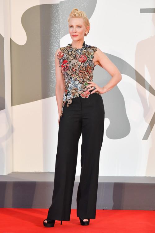 Кейт Бланшет в Alexander McQueen