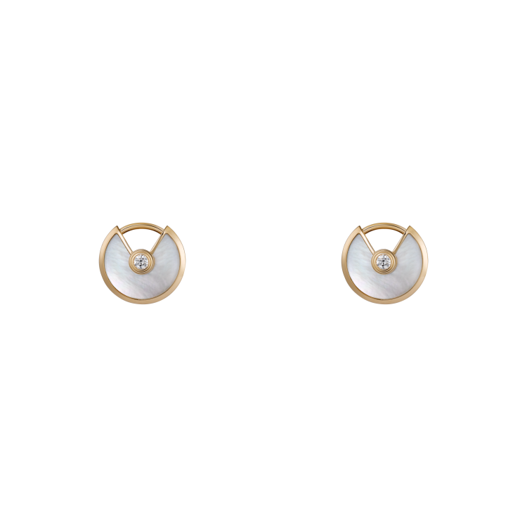 СЕРЬГИ-ПУСЕТЫ AMULETTE DE CARTIER, МОДЕЛЬ XS, желтое золото, белый перламутр, бриллианты