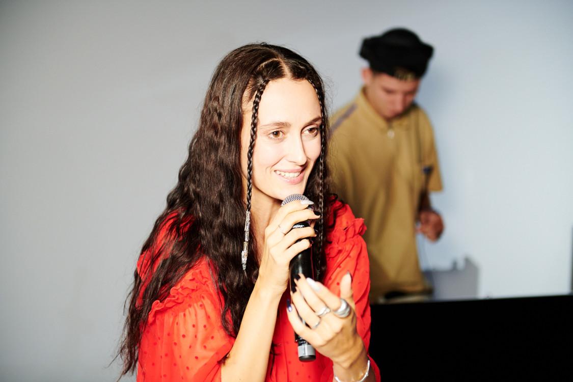 Выступление Алины Паш