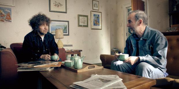 Боб Дилан, Элизабет Тейлор иАдольф Гитлер вновом телесериале