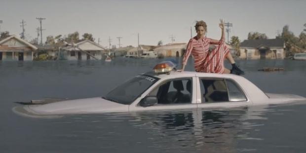 Бейонсе открыла доступ кхулиганскому видеоклипу «Hold Up»