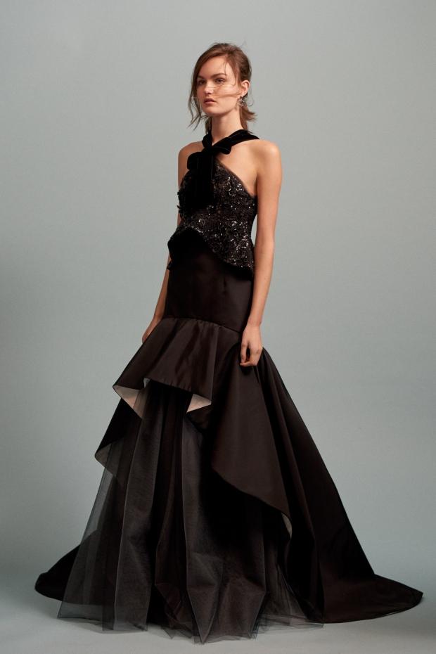 Платья с объемной вышивкой
