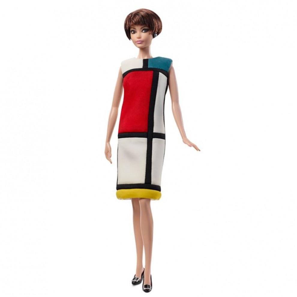 5be2ca3bc0086 - Что будет, если объединить Barbie и Yves Saint Laurent