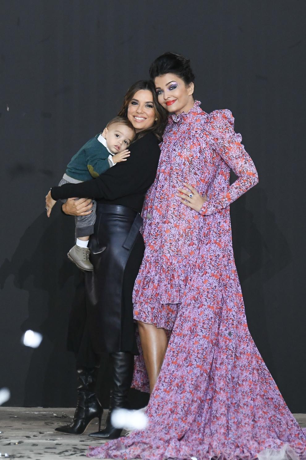 Дизайнер Катя Сильченко выступила моделью на показе L'Oreal в Париже (фото 7)