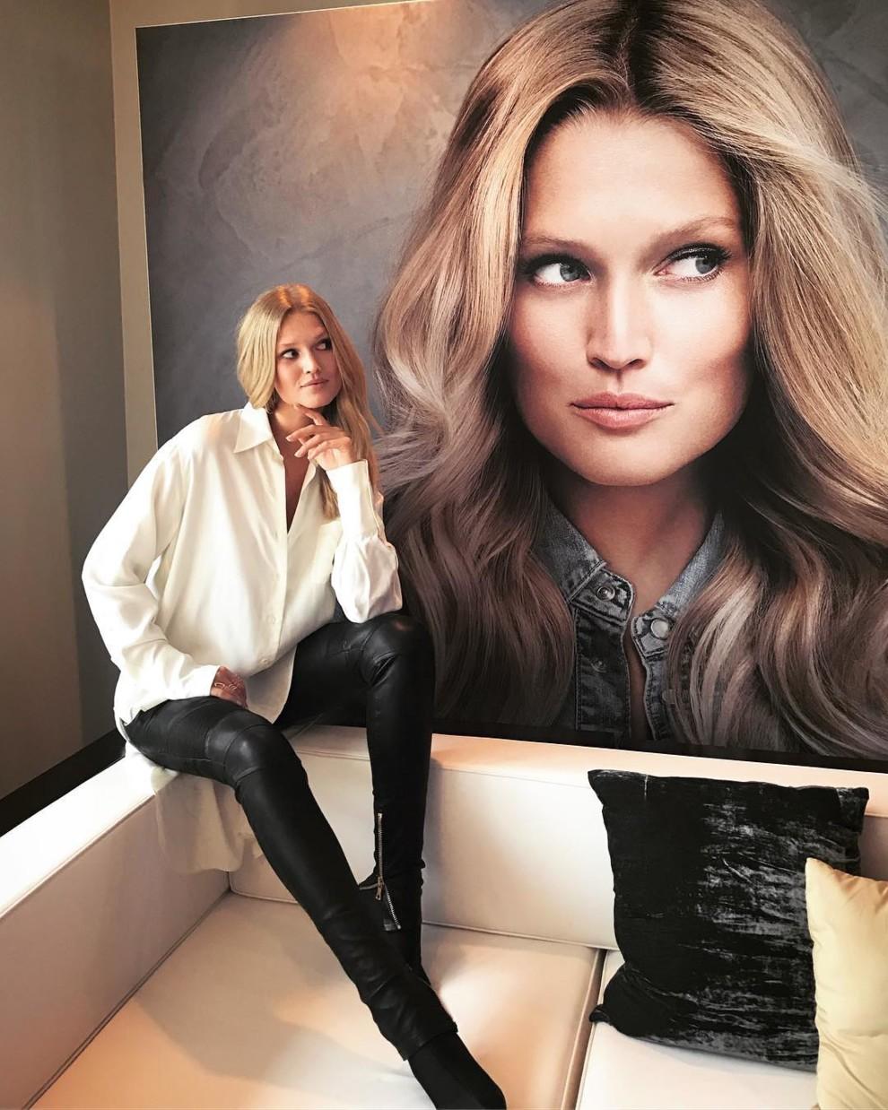 Смотреть Самые красивые украинские модели в Vogue Ukraine видео