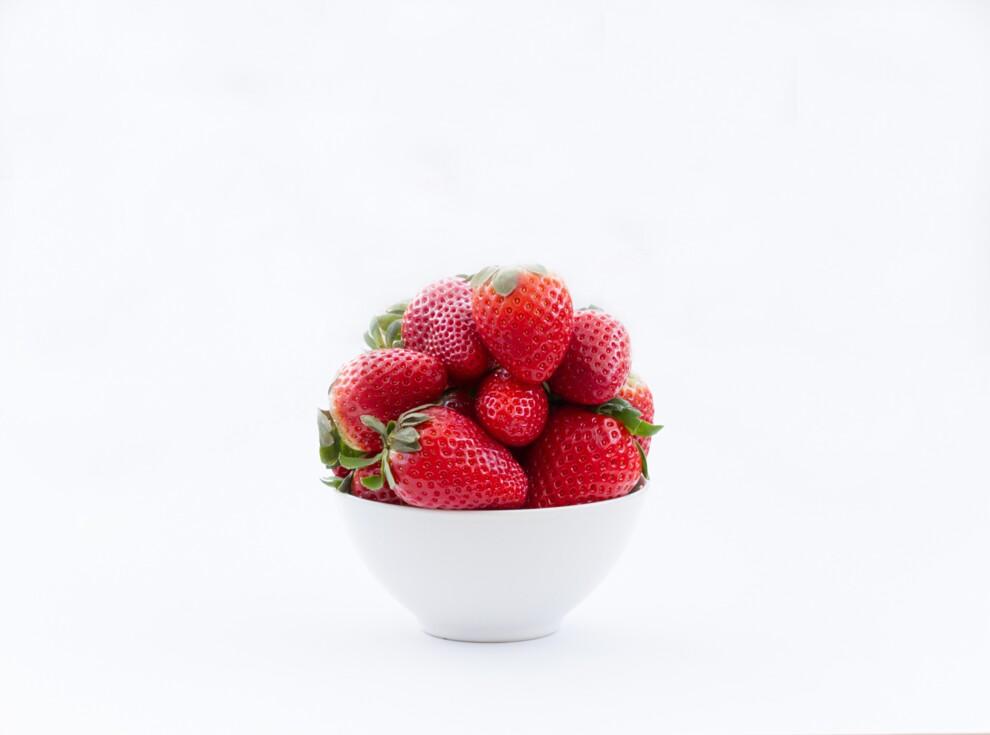 Клубника богата антиоксидантами, а также помогает в профилактике сердечных заболеваний.