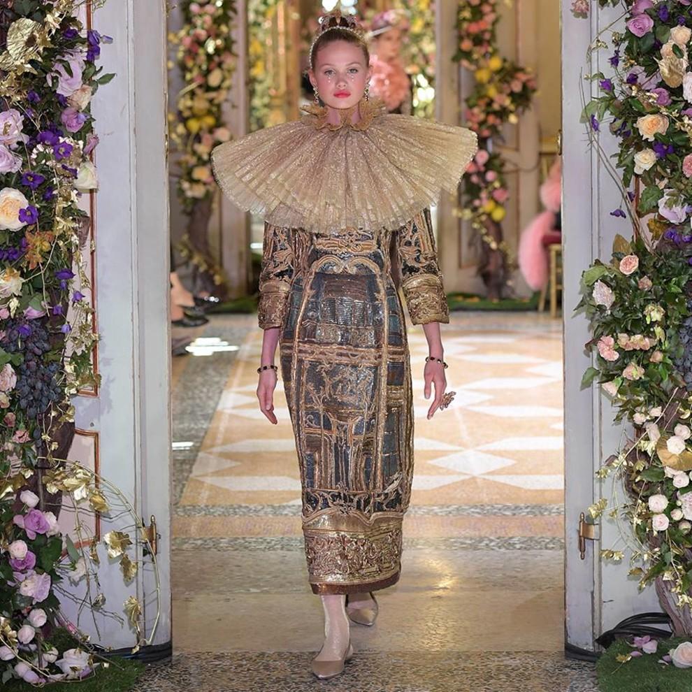 5c0c49c6bf430 - Dolce&Gabbana Alta Moda