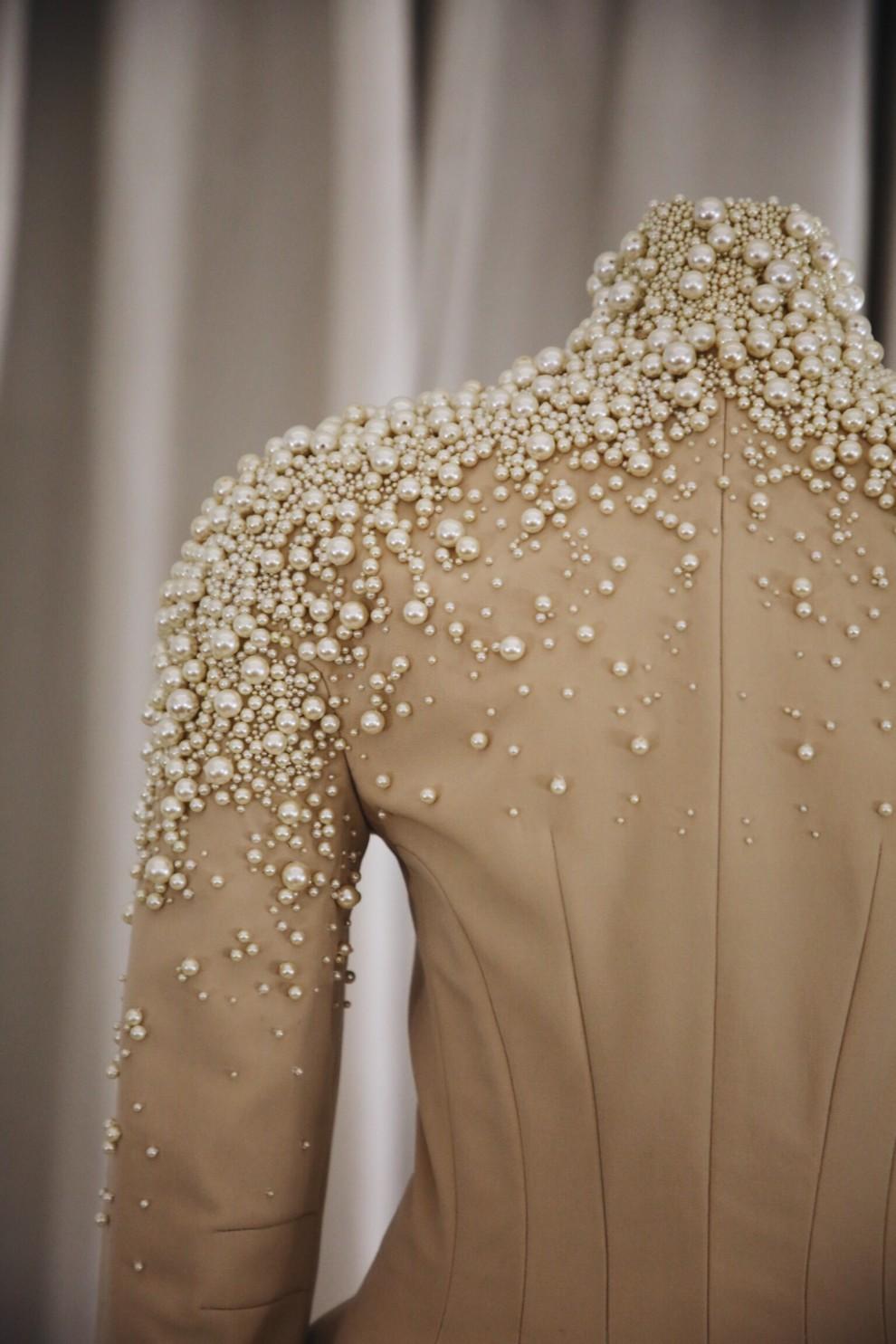 5c8ba7232962b - В Киеве проходит выставка Chloe Couture: почему вам стоит ее посетить