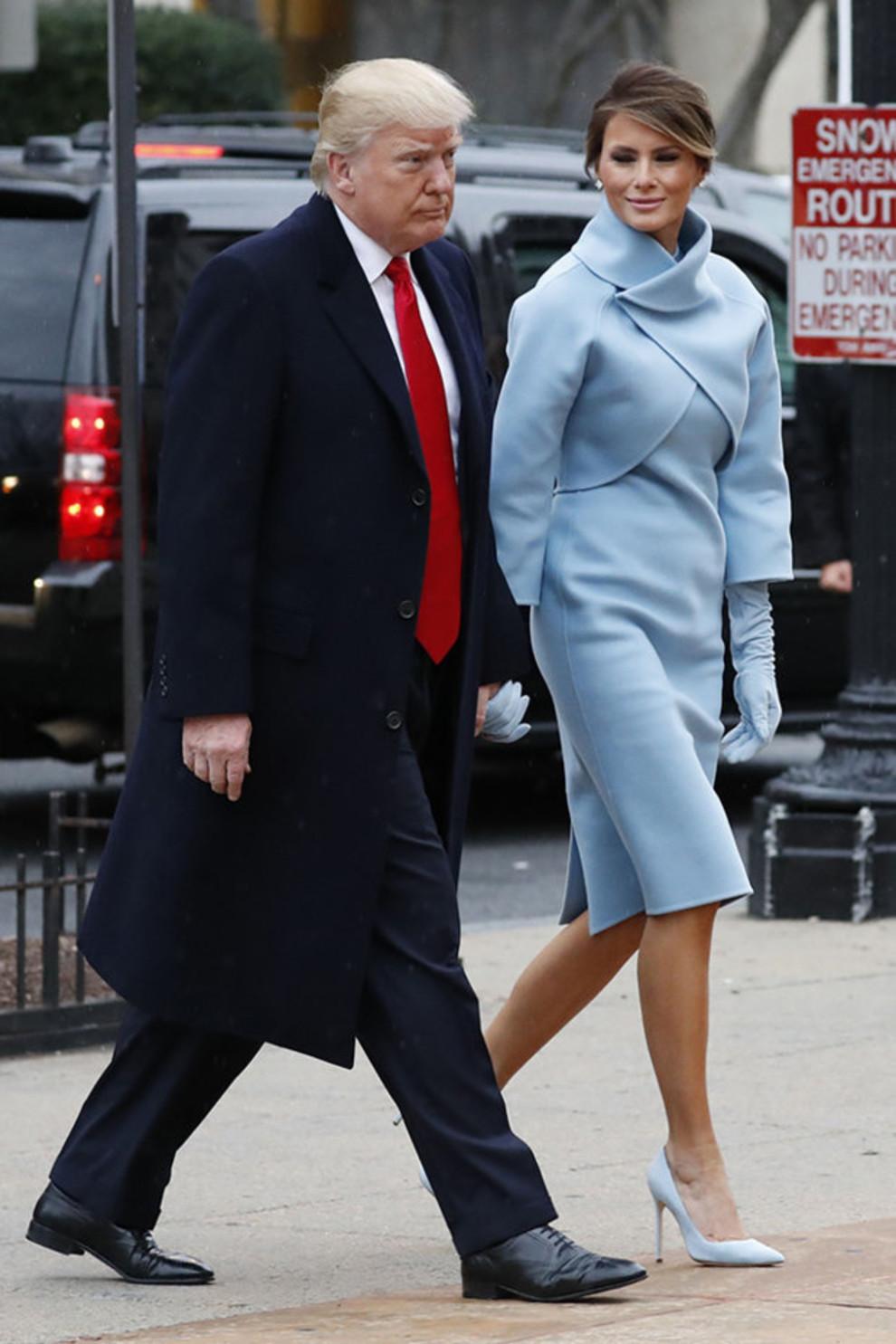 пальто меланьи трамп на инаугурации