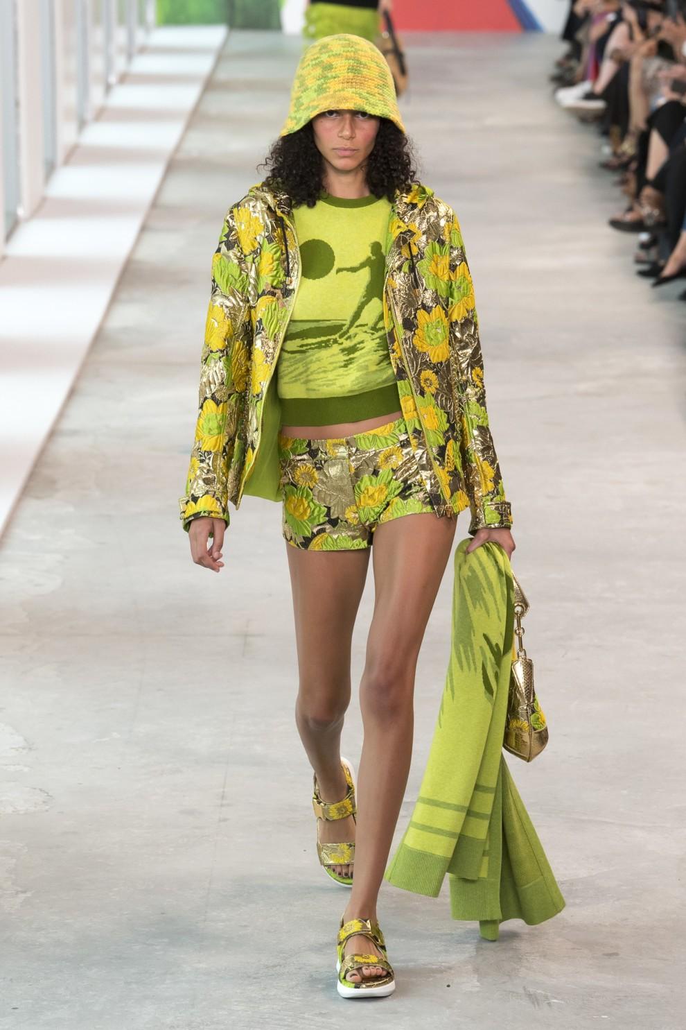 c09d1765e Модные тенденции 2019 – лучшие тренды весна-лето | Vogue Ukraine ...