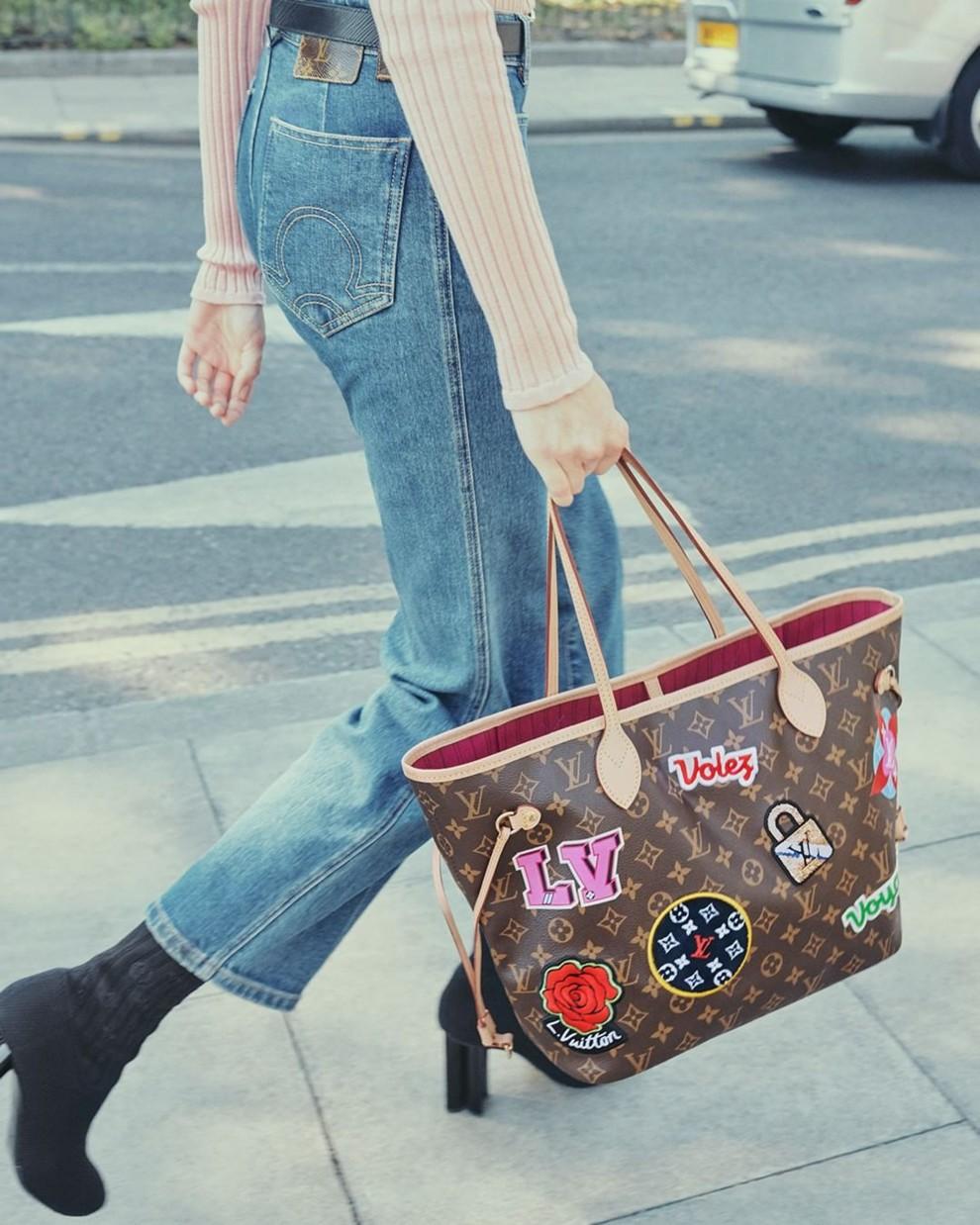 bc37de0cd4a9 Patches: новая коллекция аксессуаров Louis Vuitton | Vogue Ukraine ...