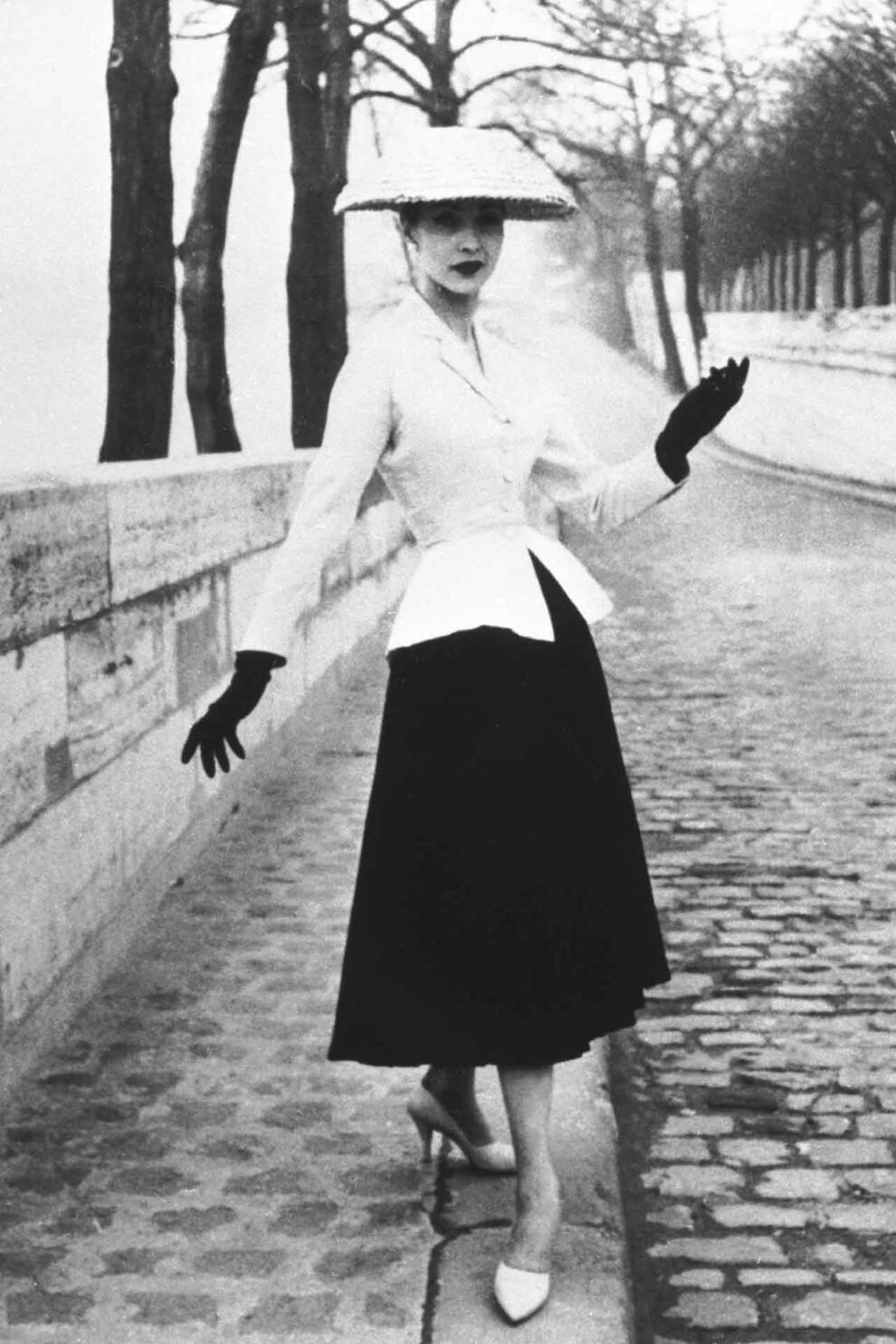 Костюм The New Look Кристиана Диора, 1947