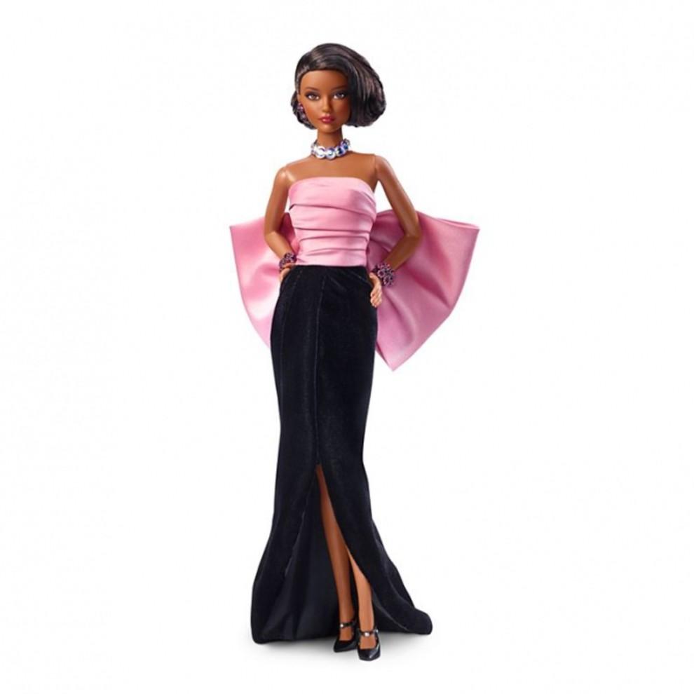 5be2cb863fb05 - Что будет, если объединить Barbie и Yves Saint Laurent