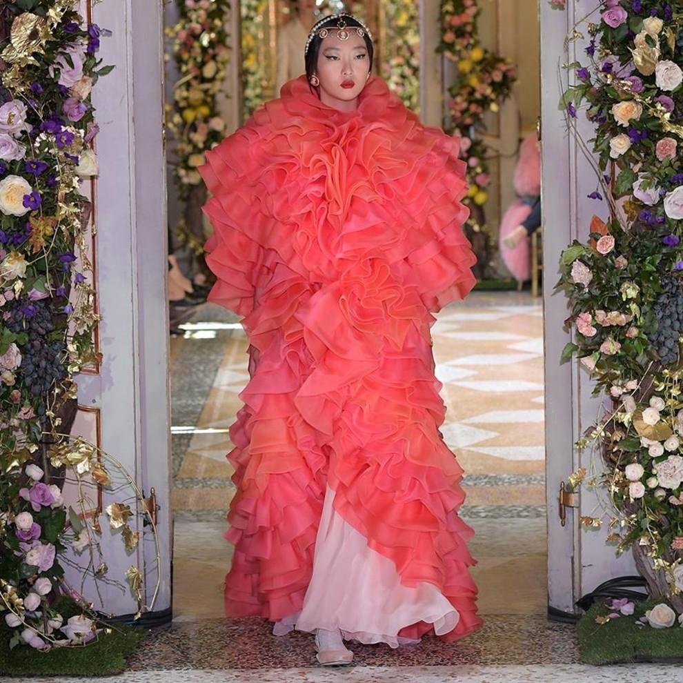 5c0c4974b9bd9 - Dolce&Gabbana Alta Moda
